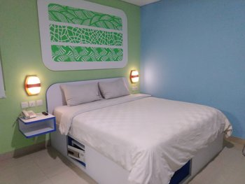 Cordex Hotel Ancol Jakarta - Deluxe Double Bed with Simple Breakfast Kurma Deal