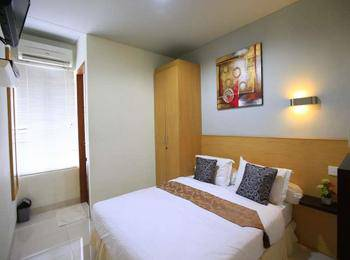 RedDoorz @Cipete Jakarta - Reddoorz Room Special Promo Gajian