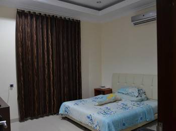 Great House Balikpapan Balikpapan - Standard Double Room Only Regular Plan