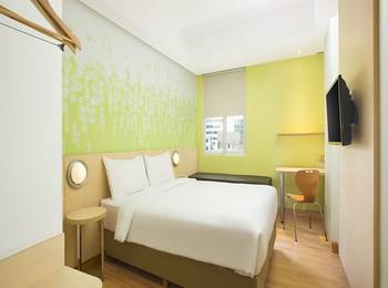 Zest Hotel Bogor - Zest Queen Room Regular Plan