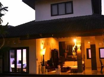 Villa Adhyatma