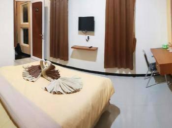 DENOFE HOUSE Cirebon - Deluxe Room Only Regular Plan