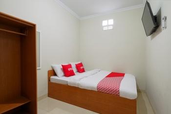 OYO 90045 Annafi Apartel Jogja - Standard Double Room Promotion