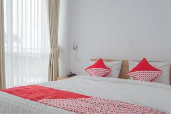 OYO 985 Audi Inn Hotel Belitung - Deluxe Double Room Regular Plan