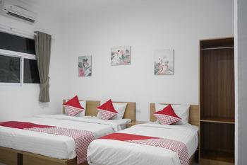 OYO 985 Audi Inn Hotel Belitung -  Suite Family Regular Plan