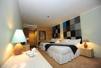 7ee5af7c987132 Chara Hotel Bandung - Superior Deluxe 2 Double Bed Regular Plan