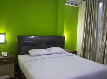 Guesthouse Grand Avira Ambon - Deluxe Room Regular Plan