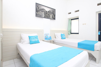 Airy Alun Alun Malang Basuki Rachmat 1 - Deluxe Twin Room with Breakfast Regular Plan