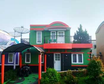 Villa Arnelli Kota Bunga