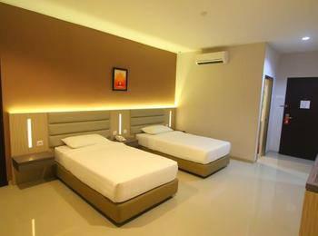 Lovina Inn Batam Centre Batam - Twin Bed Room Save 30%