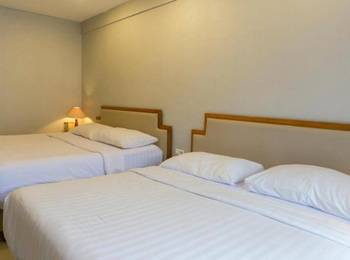 Rolling Stone Hotel Surabaya - Family Room Reguler plan