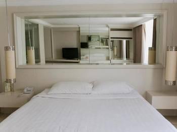 Rolling Stone Hotel Surabaya - Superior Room Regular Plan