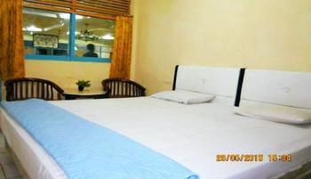 Hotel Afiat Maros - Deluxe Room Regular Plan