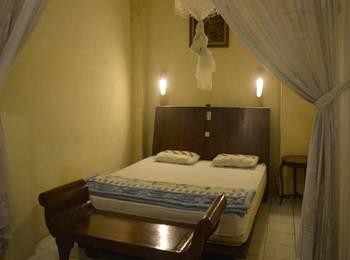Lotus 2 Homestay Magelang - Standard Room Regular Plan