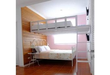 Sweet Peach House Lombok - Pink Room Regular Plan