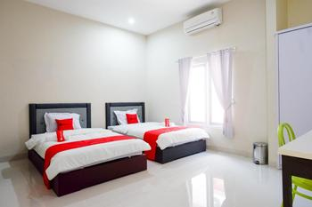 RedDoorz Syariah near RSUD Margono Purwokerto Banyumas - RedDoorz Twin Room Regular Plan
