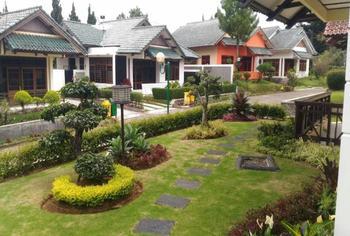 Villa Lotus by DCM