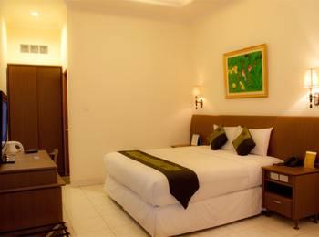 Hotel Padang Padang -  Deluxe Room Only Regular Plan