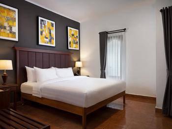 Brits Resort Lovina  Bali - Bungalow Last Minute Deal