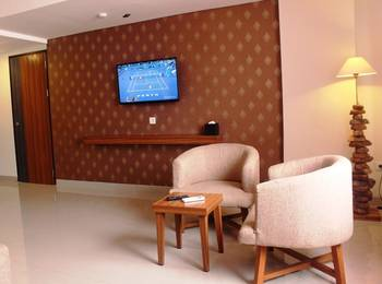 h Boutique Hotel Yogyakarta - 2 Bedroom Luxury Family Connecting  Room with Free Minibar upon Arrival Day- 20% Promo