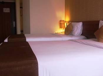 h Boutique Hotel Yogyakarta - Deluxe Twin - Room Only Promo Room with Minibar Promo 8% Off