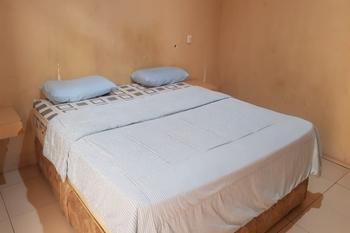 OYO 2320 Hotel Charvita Kupang - Standard Double Room Early Bird