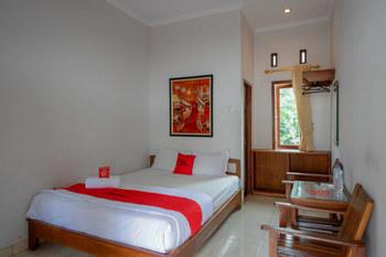 RedDoorz @ Wisma Putra Jaya Kaliurang Jogja - RedDoorz Room Best Deal
