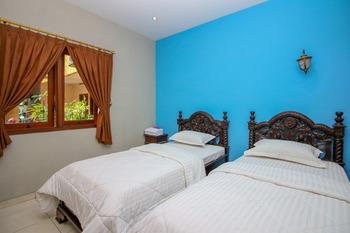 Sky Inn Keprabon 1 Solo Solo - Deluxe Twin Room Only Regular Plan