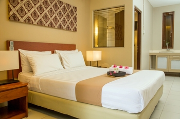 Chic Quarter Jakarta - Deluxe Room Regular Plan