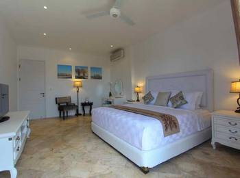 Kencana Villa Seminyak - Two Bedroom Villa Room Only Last Minute Promo 55% - Non Refund