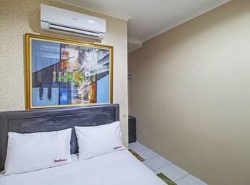 RedDoorz @Slipi Jaya Jakarta - Reddoorz Room Regular Plan
