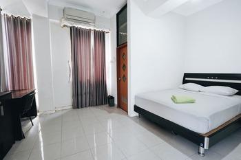 Campus Inn Hotel Yogyakarta - Superior Room Regular Plan