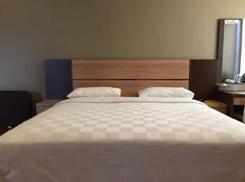 Hotel Hanggar 21 Belitung - Deluxe Room Regular Plan
