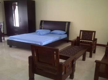 RCK Resort Puncak - Deluxe Room Save 35%