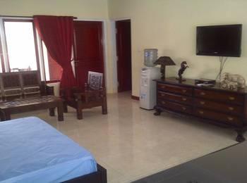 RCK Resort Bogor - Deluxe Room Regular Plan
