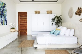 Villa Selalu Gili Gede Lombok - 3 x King size Bedrooms with Ocean and Garden View 50% DISC until 31 July 2021