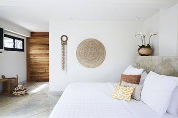 Villa Selalu Gili Gede Lombok - 4 x King size Bedrooms with Pool, Sea and Garden Views 50% DISC until 31 July 2021