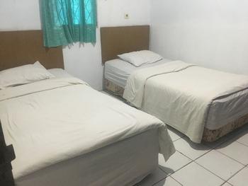 OYO 1269 Hotel Da'lia Jambi - Standard Twin Room Regular Plan