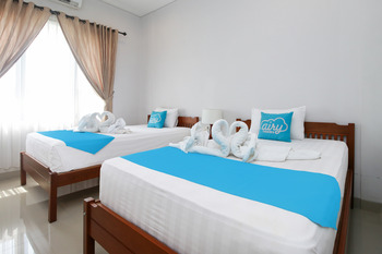 Airy Mengwi Raya Kapal 20 Bali Bali - Deluxe Twin Room Only Special Promo Apr 24