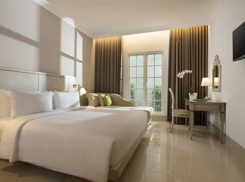 Hotel Santika Seminyak - Superior Room King Regular Plan