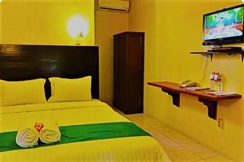 Azana Green Resort Pracimantoro Solo - Deluxe Room Regular Plan