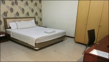 Executive Homestay Surabaya - Standard Room Only B Regular Plan