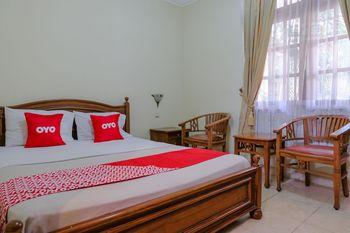 OYO 1803 Hotel Sarangan Permai Madiun - Standard Double Room Early Bird