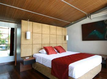 Villa Puri Ayu Bali - Grand Deluxe Apartment Last Minute Deal