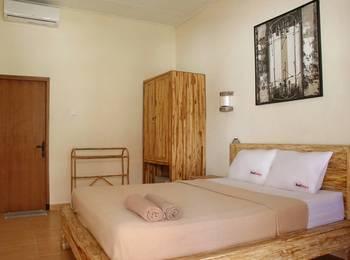 RedDoorz @Sriwijaya Legian Bali - RedDoorz Room Special Promo Gajian