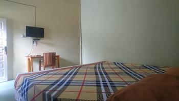 Purnama Raya Guest House Pematangsiantar - Deluxe Room Room Only NR Regular Plan
