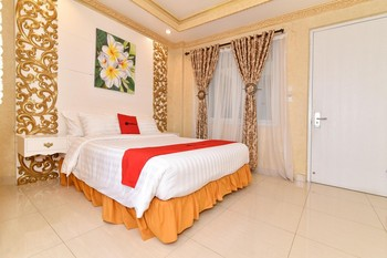 RedDoorz Plus near Discovery Shopping Mall Bali Bali - RedDoorz Premium Room with Breakfast Regular Plan