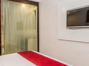 ZenRooms Denpasar Sidakarya - Double Room Special Promo