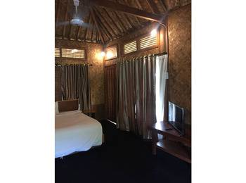 Hotel NEW Grand Desa Resort Sukabumi - Bungalow Bacan Regular Plan