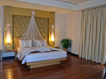 The Axana Hotel Padang - Junior Suite Room Regular Plan